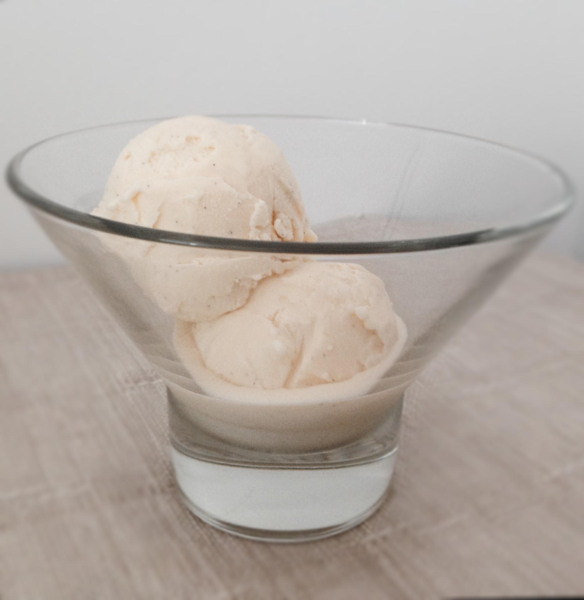 Vanilla Bean Ice Cream « Cooking at Sabrina's
