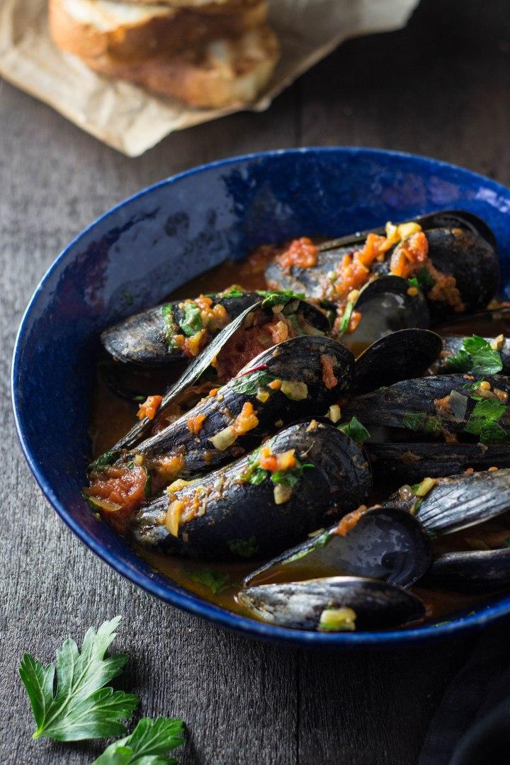 Mussels in Tomato Saffron Broth